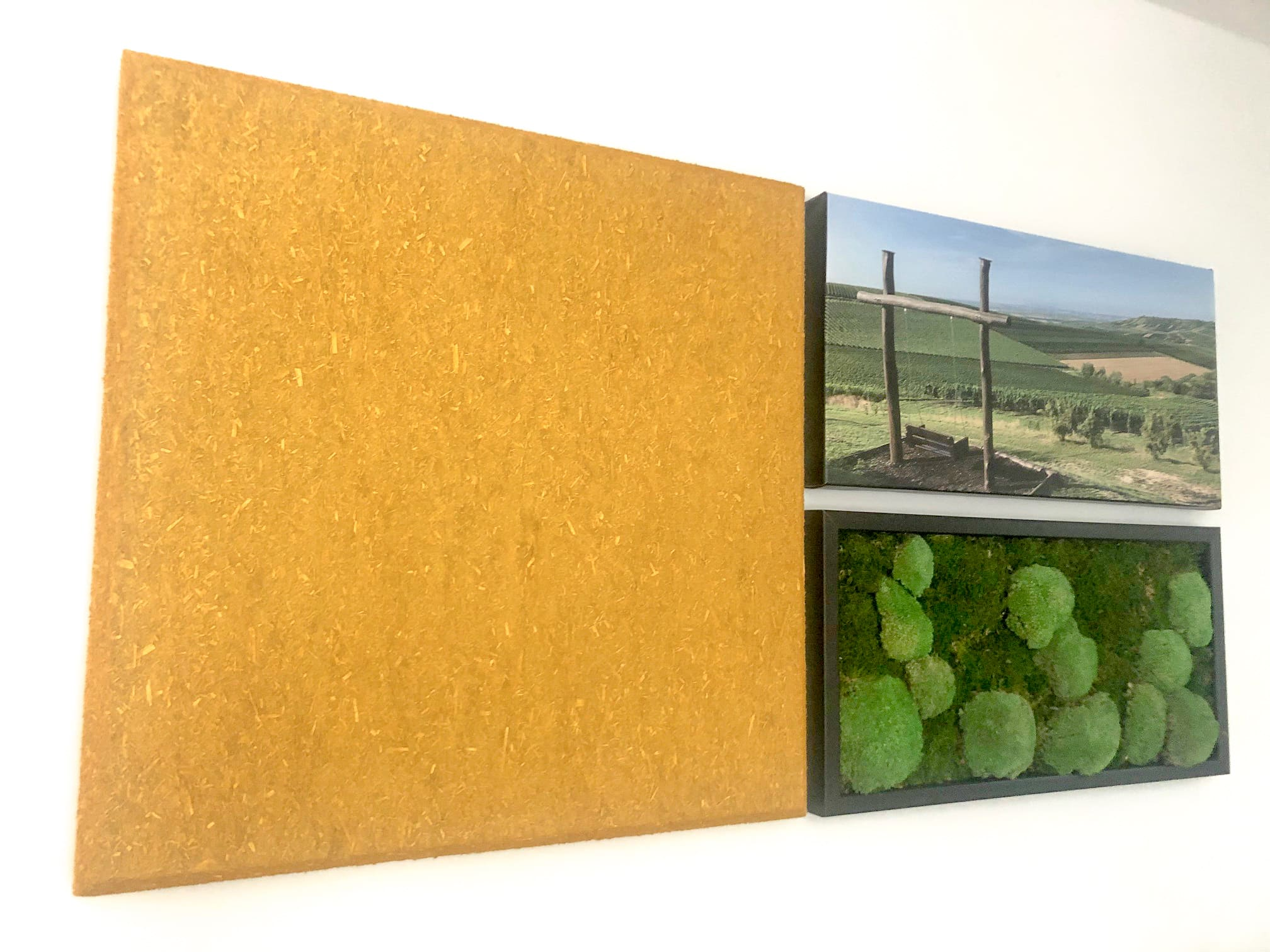 Hanf Akustikplatten Flur mit Moos Bild